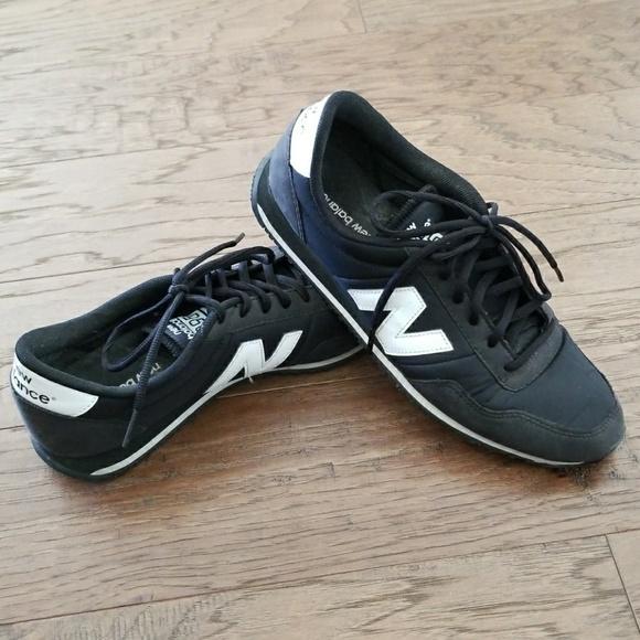pas cher pour réduction 3699b 07d1c New Balance 395 sneakers Size 9 black and white